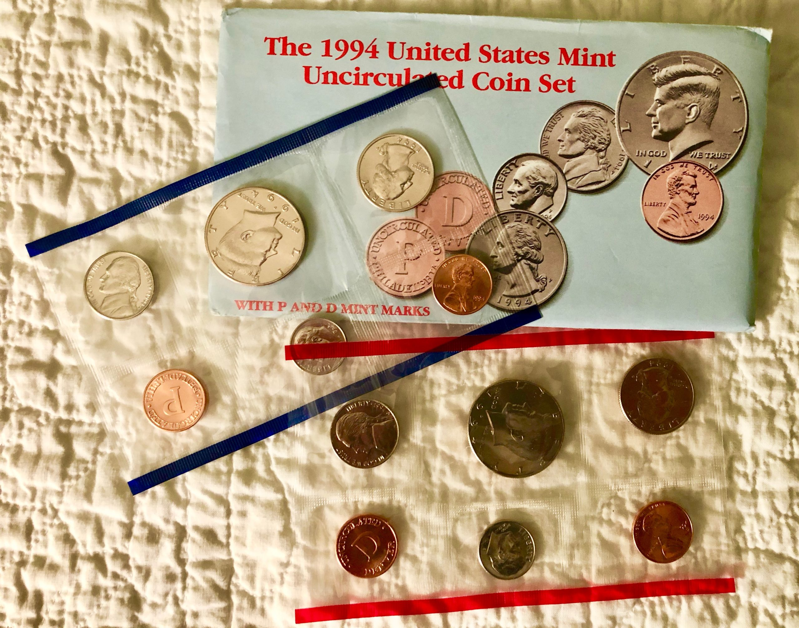 Item HG 13 - 1994 US Mint Uncirculated Coin Set of 10 Coins - Wow
